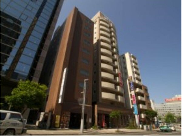 札幌駅から徒歩1分大通り・すすきのも地下通路で楽々移動!男女別人口温泉大浴場完備!