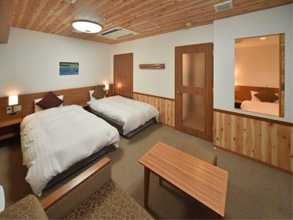 【デラックスツイン】 32 サータ社製ベッド 110×200・エキストラベッド1台