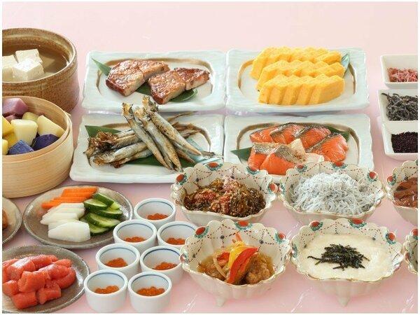 道産食材を使った和洋朝食バイキングは約50種をご用意しております♪(写真はイメージです)