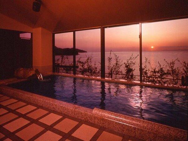 ≪粋の湯≫駿河の海に面した西伊豆という立地を最大限に活かしたお風呂をご用意しております