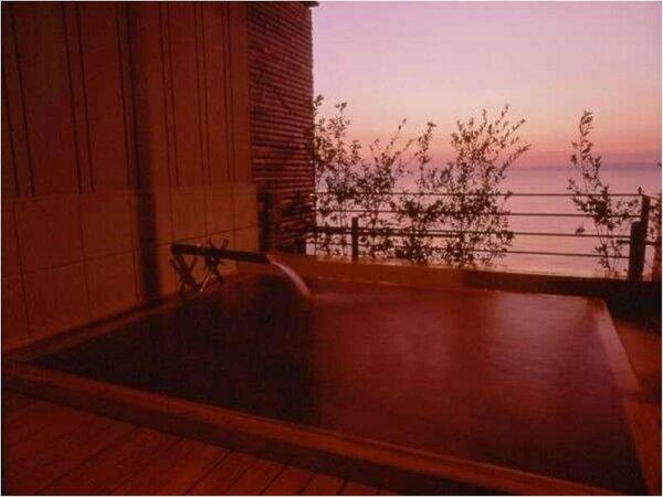 ~西伊豆の夕陽を眺めながらの優雅な露天風呂~