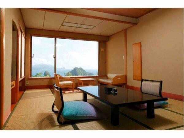 【西棟客室:一例】どこまでも青い堂ヶ島の海と絶景を楽しむことのできる海側客室となっております。