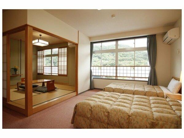 山側和洋室:6畳+ツインベッド