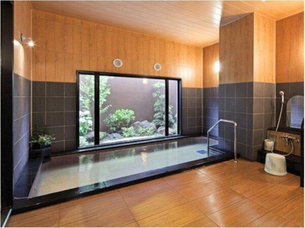 男女別人工ラジウム温泉大浴場 入浴可能時間:15時から2時、5時から10時