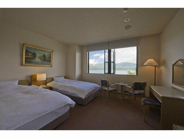 洋室は全て「山中湖」眺望です。