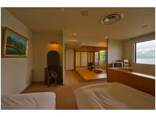 ゆったりの和洋室は全て「山中湖」眺望です。