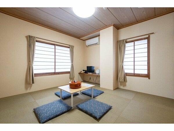 和室8畳のお部屋です。晴れた日には正面に富士山ご覧いただけます。
