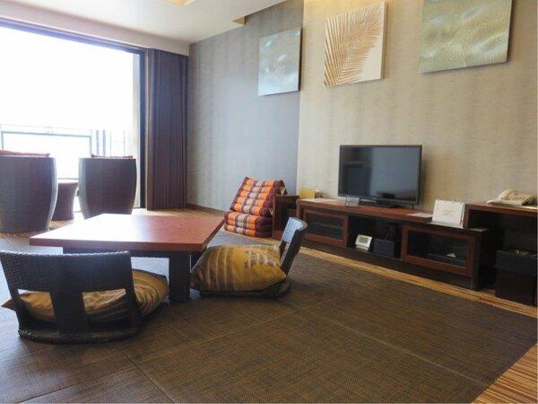 中央館スーペリア座室35平米☆お部屋からは、河口湖越しに富士山を望むことが出来ます☆