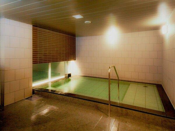 ゆったりと足を伸ばしくつろげる大浴場宿泊者専用大浴場は無料でご利用頂けます。