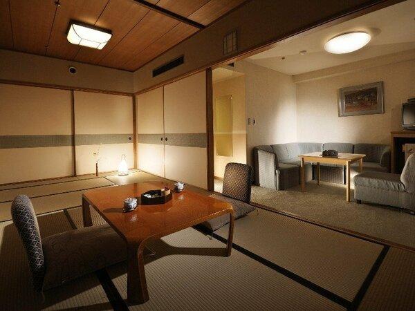 【飛泉閣 和室一例】ソファーとテーブルを備え付けた使い勝手の良い和室、気軽にご利用いただけます