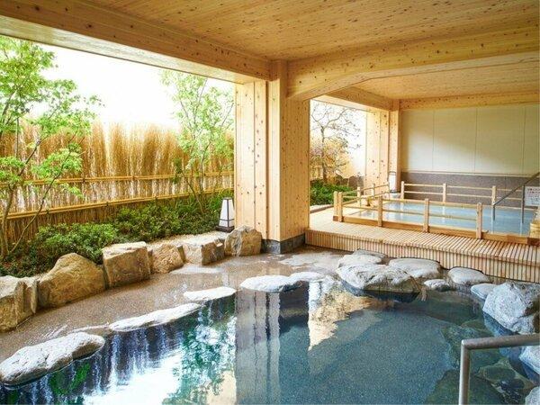 ■白妙の湯■ 露天風呂から望む飛騨川の美しい眺めは、四季それぞれにいで湯情緒をもりあげてくれます。