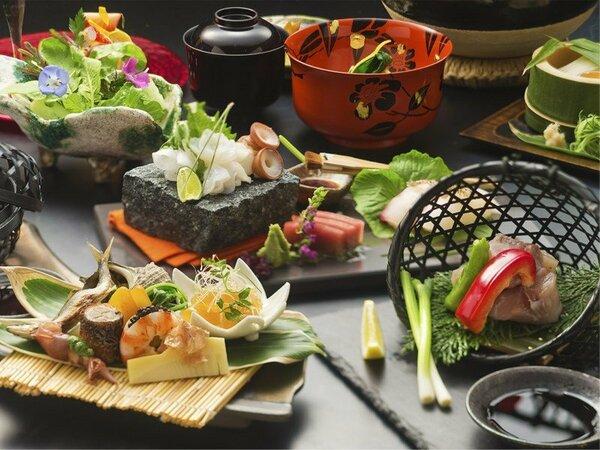 下呂温泉の四季を愛で、香で、味わう≪月替わり会席 匠-TAKUMI≫四季の調べをご堪能ください