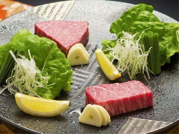 同じ飛騨牛であっても、部位によっては赤身・サシ・甘み・やわらかさが違います。ぜひ、食べ比べを