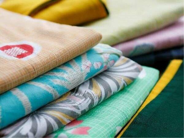 女性に好評の色浴衣~♪10種類以上の柄からお好みの色を選んで旅行気分を味わいましょう♪