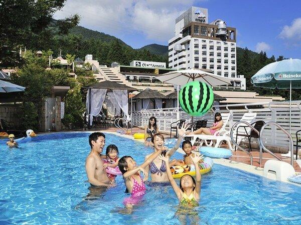 ご宿泊の方は無料!屋外ガーデンプール☆夏季限定!