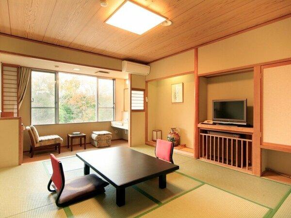 【和室10畳バス無し】お部屋一例。オプションにて夕食グレードアップ、貸切温泉風呂等承り可能です。