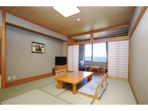 【お部屋】7.5畳又は10畳の和室。どちらのタイプのお部屋からも絶景の景色を眺める事が出来ます。