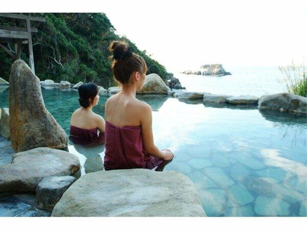 白浜エリア唯一の混浴露天【浜千鳥の湯】
