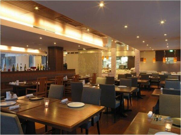 ◆ビュッフェレストラン「アマム」