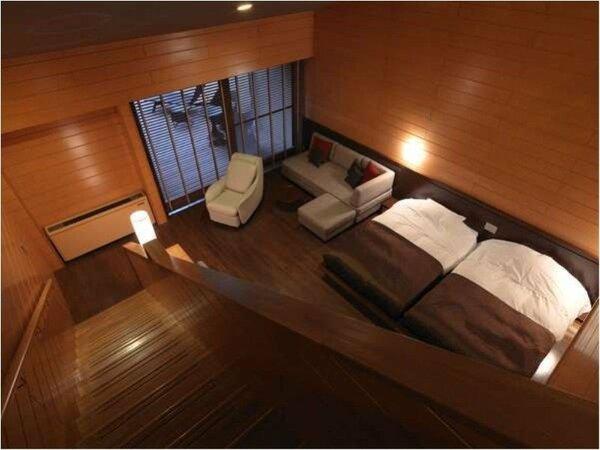 ◆露天風呂付コテージ/1階と2階にツインベッドを配した、グループ様におすすめの客室!(客室一例)
