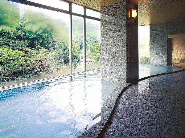 有馬温泉月光園鴻朧館【大浴場】豊かな自然に包まれた至福のひと時をどうぞ。
