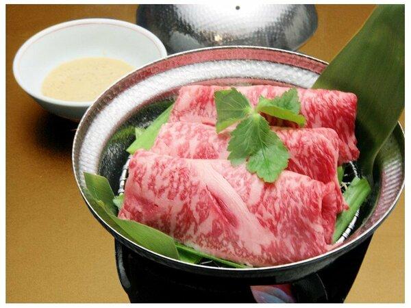 ふっくらまろやか風味の、神戸牛銀せいろ蒸し