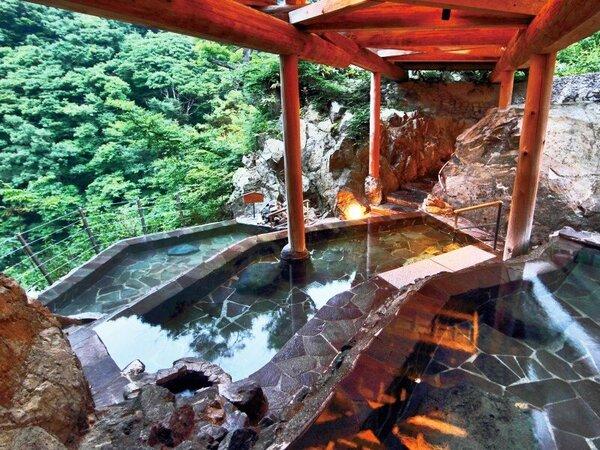 自慢の棚田の露天風呂からは解放感あふれる景色が広がります。