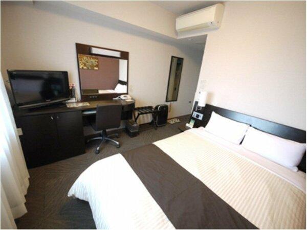 ◇コンフォートセミダブル ベッド幅140cm 備品や家具など細部にこだわった客室です。