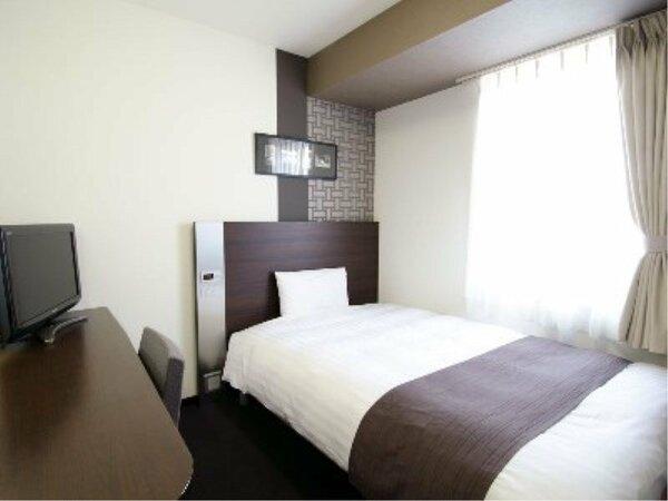 【ダブルエコノミー】広さ13平米/ベッド幅140cm