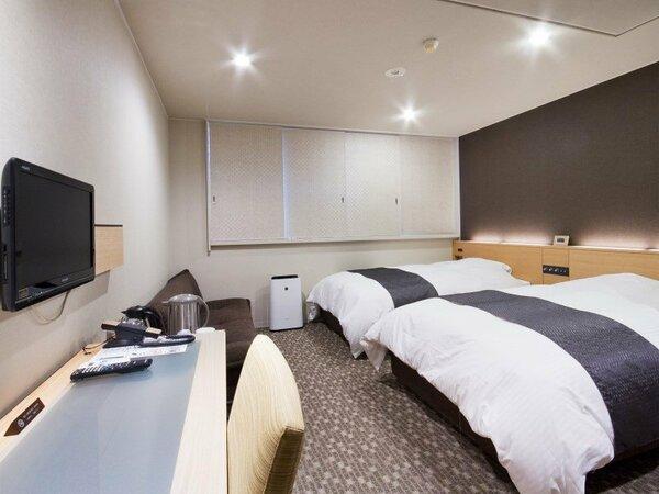 ツインルーム 24平米、ベットサイズ205×120 ★Sata社製極上ベッド&欧州産羽毛デュベ布団で快適