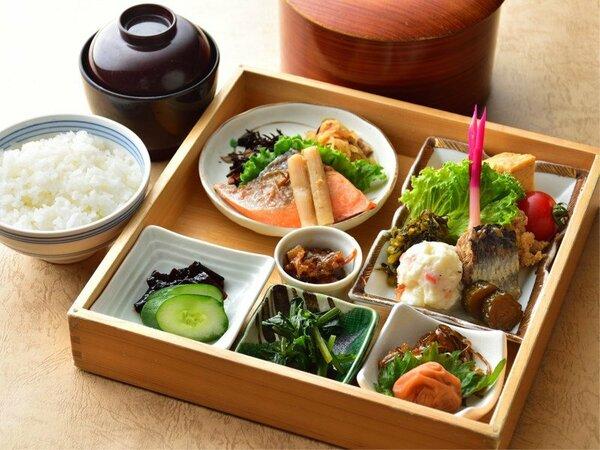 豪華箱弁当(ご朝食)