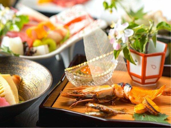 【旬会席プラン】●料理長こだわりの王道和食会席1泊2食!●季節の自然の恵みを生かした本格和食♪