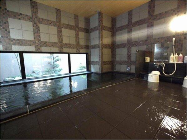 ラジウム人工温泉の大浴場です。営業時間 15:00~2:00、5:00~10:00