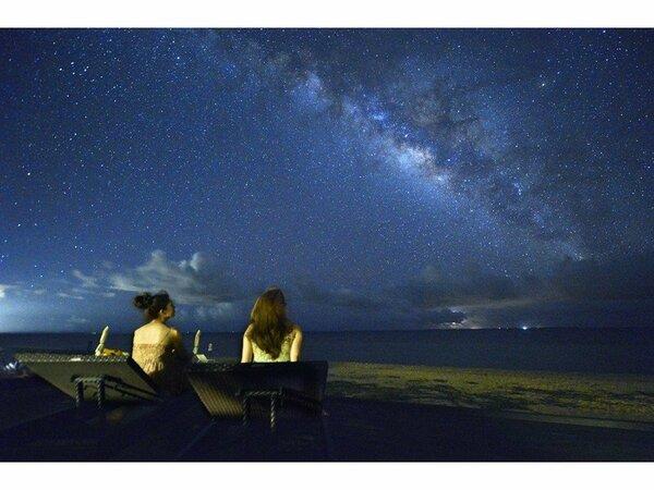 はいむるぶしのビーチからは天の川がくっきりと見ることができます