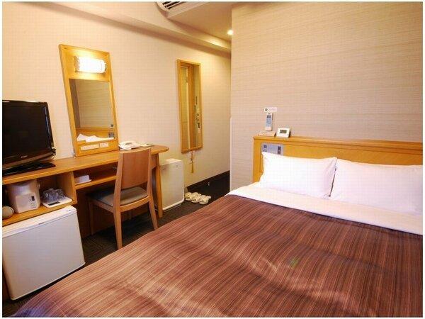 ≪セミダブルルーム≫ 客室面積10平米 ベッド幅140cm