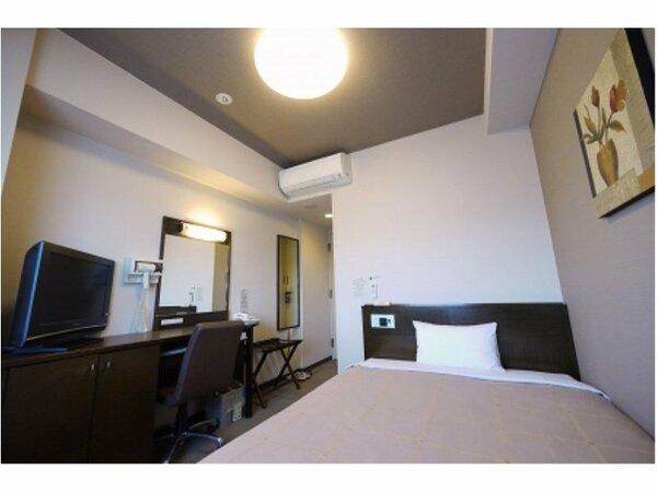 【シングル】ベッドサイズ140×196(cm) 全室無料Wi-Fi&加湿機能付空気清浄器完備