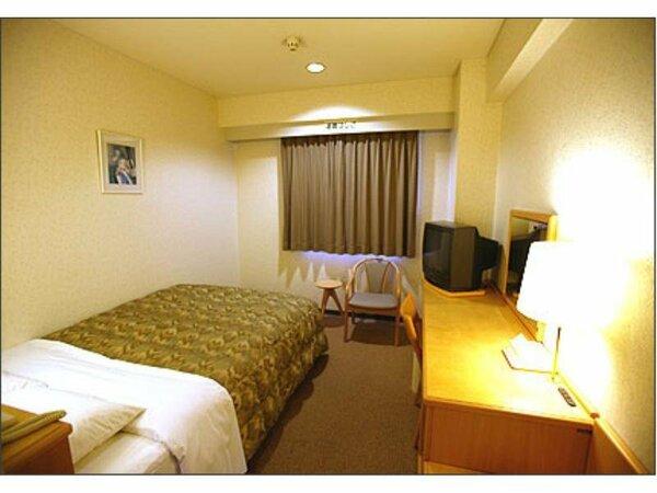 東館ダブルベットルーム。1400Wダブルベットのお部屋です。