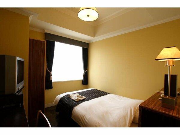 シングルA(15平米、ベッド幅120cm)