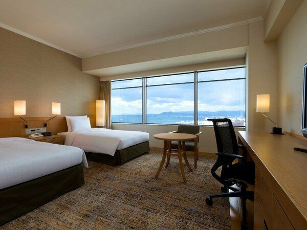 【ヒルトンツイン 24-31平米】お二人でご利用いただくのに最適で機能的な落ち着いた雰囲気のお部屋。