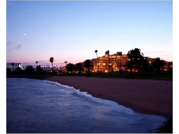 海側から見たホテル外観
