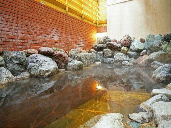 【美人の湯・モール温泉】露天風呂