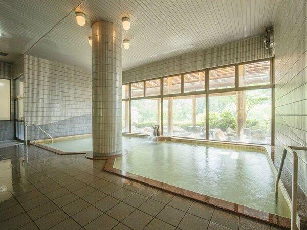 【ホテルさつき】大浴場「かわせみの湯」。ジェットバス、サウナも完備しております。