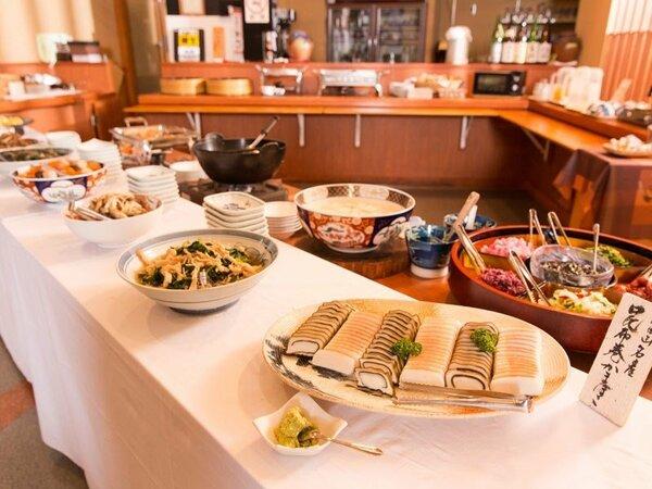 富山の食材を使用した朝食バイキング